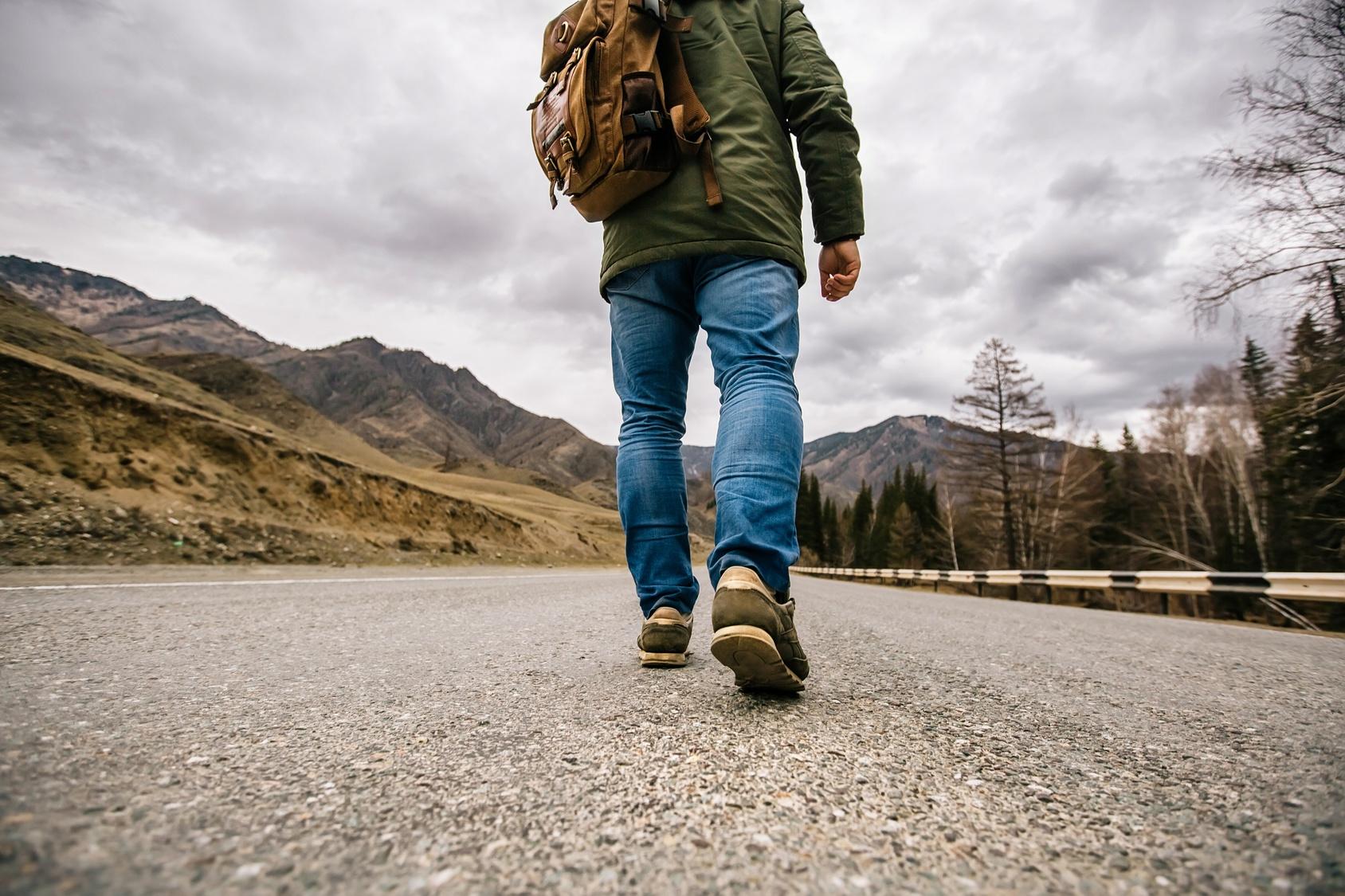 религией картинки идущего мужчины соусом можете залить